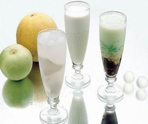 珍珠奶茶含热量较高 日饮1杯1个月恐胖4公斤